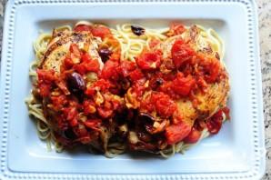 Паста с куриным филе и красным луком - фото шаг 5