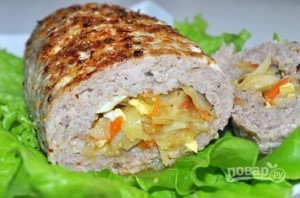Мясной рулет с капустой и яйцом - фото шаг 10