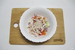 Постный салат с кальмарами - фото шаг 7