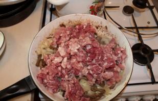 Жареное мясо с грибами - фото шаг 4
