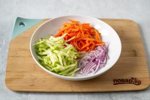 Салат из красной капусты с яблоком - фото шаг 3