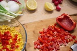 Салат с тунцом и яйцами - фото шаг 3