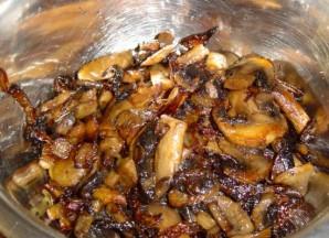 Мясо с сыром и грибами - фото шаг 2