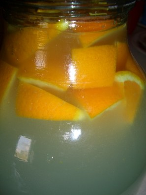 Квас из апельсинов - фото шаг 5