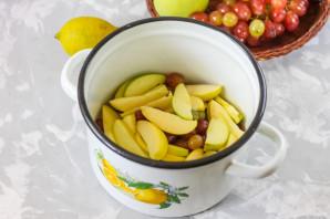 Компот из винограда и яблок - фото шаг 3