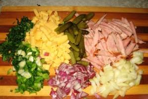 Салат с твердым сыром - фото шаг 1