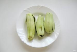 Острая закуска из баклажанов - фото шаг 1