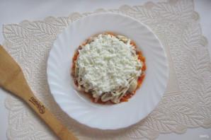 Салат с консервированной горбушей и грибами - фото шаг 8