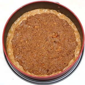 Пирог с грецкими орехами и абрикосами - фото шаг 4