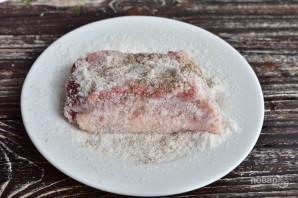 Соленое сало со специями