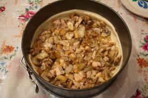 Пирог с шампиньонами и курицей - фото шаг 7