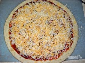 Пицца с курицей, сыром и луком - фото шаг 6