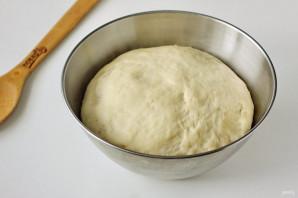Дрожжевые пышки на сковороде - фото шаг 7