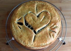 Пирог с сердцем внутри - фото шаг 12