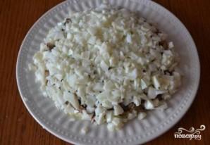 Шпротный салат - фото шаг 10