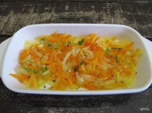 Минтай в духовке с морковью, луком и майонезом  - фото шаг 3