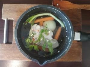 Салат с картошкой, курицей, грибами и сыром - фото шаг 1