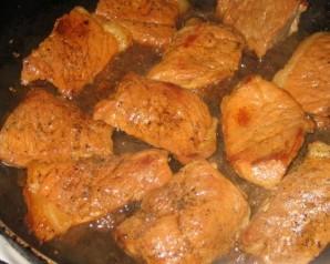 Свинина, запеченная в духовке кусочками - фото шаг 1
