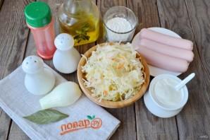 Суп с квашеной капустой и сосисками - фото шаг 1