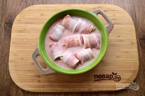 Фрикадельки с беконом в сливочно-томатном соусе - фото шаг 3