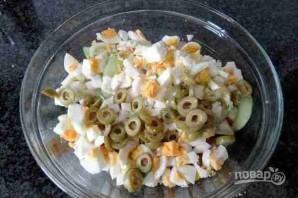 Салат с рисом и тунцом - фото шаг 5