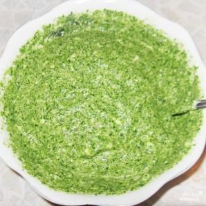Зеленый рулет из шпината с лососем - фото шаг 5