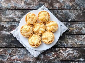 Тарталетки с сыром, ананасом и чесноком - фото шаг 5