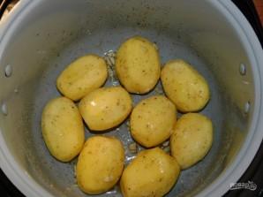Картофель, запеченный в мультиварке - фото шаг 3