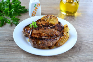Мясо жареное крупным куском - фото шаг 7