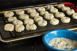 Картофельные биточки с сыром и беконом - фото шаг 4