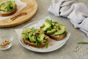 Бутерброд с авокадо - фото шаг 7