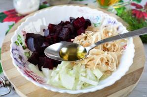 Салат из свеклы и квашеной капусты - фото шаг 8