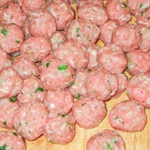 Тефтели в сливочно-грибном соусе - фото шаг 5