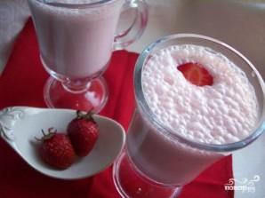 Молочный коктейль с клубникой - фото шаг 5