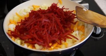 Борщ красный из баранины - фото шаг 3