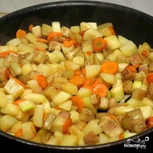 Курица в горшочках с овощами - фото шаг 9