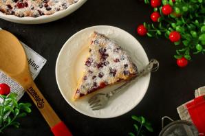 Пирог с клюквой на кефире - фото шаг 8