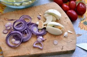 Салат с пряным языком и овощами - фото шаг 4