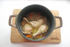 Курица с грибами в казане - фото шаг 5