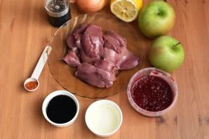 Салат с куриной печенью и яблоком - фото шаг 1
