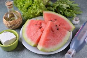 Салат из арбуза с фетой и рукколой - фото шаг 1