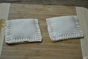 Пирожки с капустой из слоеного бездрожжевого теста - фото шаг 4