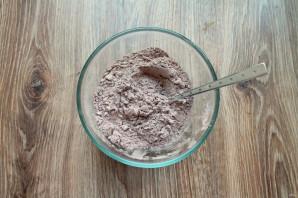 Шоколадный торт на молоке - фото шаг 2