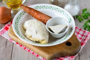 Паштет из куриной грудки с морковью и луком - фото шаг 1