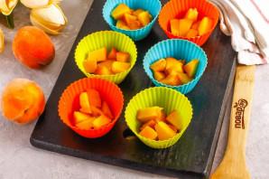 Творожное суфле с персиками - фото шаг 4
