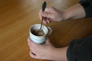Шоколадный кекс за 5 минут - фото шаг 7