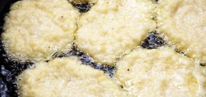 Драники картофельные по оригинальному рецепту - фото шаг 4