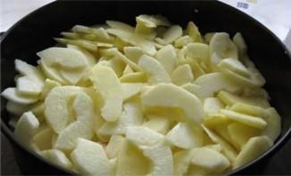 Творожный пирог с яблоками - фото шаг 7