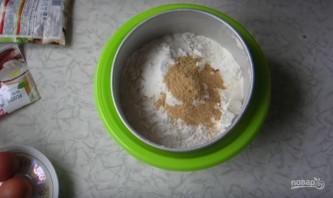 Имбирный кекс с изюмом и цукатами без сахара - фото шаг 1