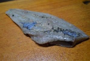 Камбала, жаренная на сковороде - фото шаг 3
